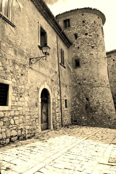 t5_campobasso_torella_del_sannio_castello_di_torella_4e349835660ea_20110731_014805 (1)